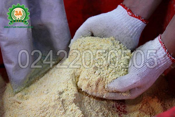 Tính năng nghiền bột khô của Máy chế biến thức ăn chăn nuôi đa năng 3A16Hp