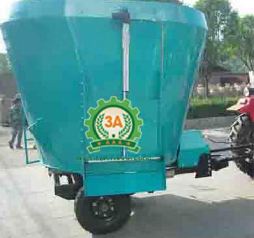 Máy trộn thức ăn cho bò TQ9JQL-7