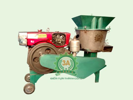 Máy chế biến thức ăn chăn nuôi đa năng 3A16Hp
