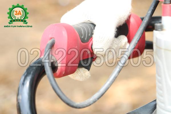 Hệ thống công tắc, điều khiển của Máy khoan lỗ trồng cây chạy điện 3A