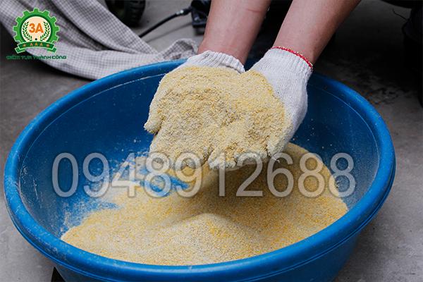 Máy nghiền ngô, vỏ trấu, mùn cưa 3A7,5Kw (có vòi hút) nghiền được đa dạng các loại ngũ cốc khô làm cám chăn nuôi