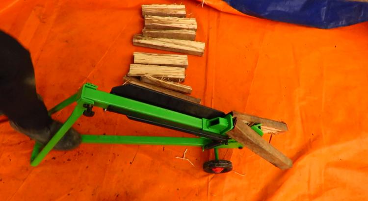 Máy tách gỗ 3A