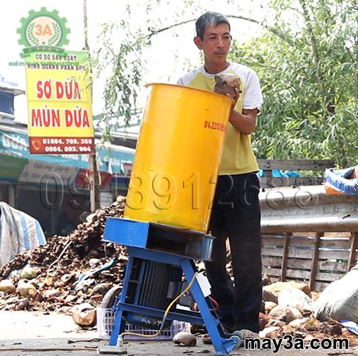 Sản phẩm Máy băm rơm, xơ dừa, cỏ voi 3A3Kw đã được bà con sử dụng và đánh giá cao về chất lượng