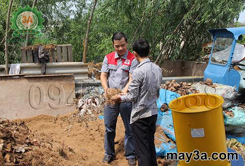Nhà sáng chế Nguyễn Hải Châu hỗ trợ bà con sử dụng Máy băm rơm, xơ dừa, cỏ voi 3A3Kw