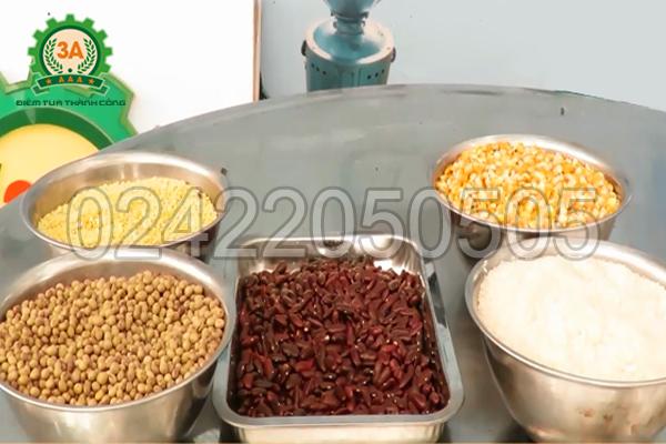 Máy nghiền bột 3A3Kw nghiền được đa dạng các loại ngũ cốc