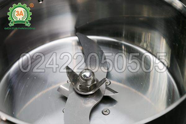 Máy nghiền bột siêu mịn 3A2Kg được chế tạo chủ yếu bằng inox cao cấp
