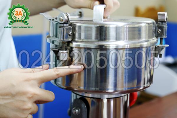 Máy nghiền bột siêu mịn 3A2Kg có chất liệu inox cao cấp