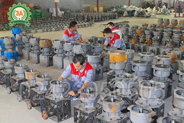 Xưởng sản xuất máy ép cám viên 3A (02)