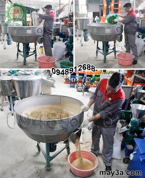 Kỹ thuật viên vận hành Máy trộn thức ăn cho gà 1 pha 3A3Kw