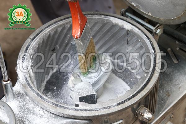 Cối nghiền của Máy xay bột khô 3A LM2.2Kw