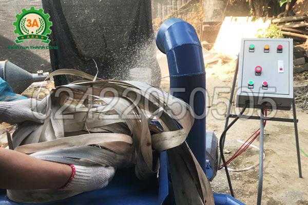 Nguyên liệu của Máy băm ván bóc 3A15Kw