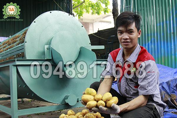 Máy rửa củ nông sản 3A XD500 không làm xảy ra hiện tượng dập nát nông sản