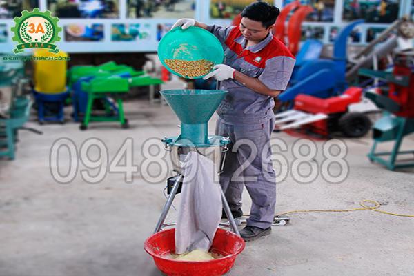 Máy băm nghiền đa năng 3A2,2Kw với tính năng xay bột khô