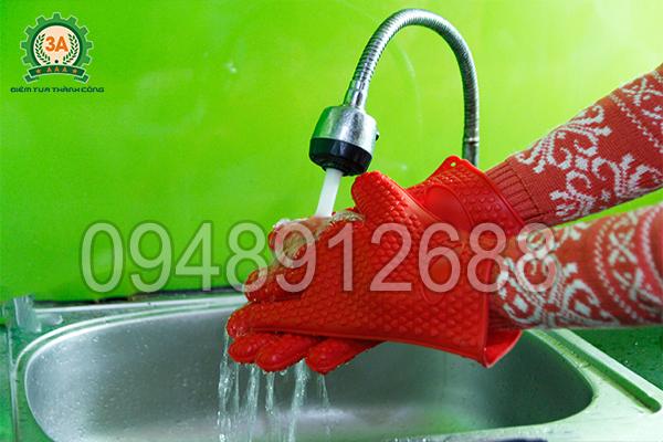 Găng tay cách nhiệt đa năng 3A có chất liệu nhựa dễ dàng vệ sinh