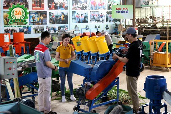 Nhà sáng chế Nguyễn Hải Châu cùng đồng hành trong chương trình nông dân khởi nghiệp trên kênh VTC2 (1)