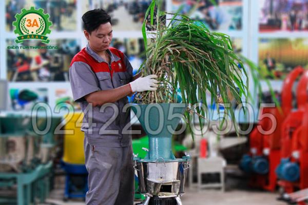 Tính năng băm nhỏ của máy chế biến thức ăn chăn nuôi 3A2,2Kw
