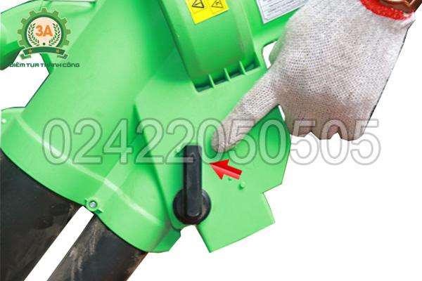 Cần gạt điều khiển tính năng của máy hút thổi lá cây 3A (01)