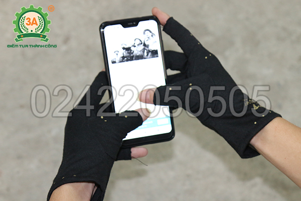 Găng tay bảo vệ 3A - sử dụng điện thoại dễ dàng