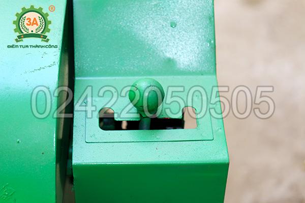 Cần số điều khiển tốc độ băm của máy băm cỏ đa năng 3A6,5Hp (01)