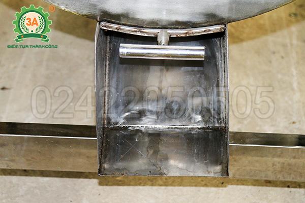 Máy trộn trục ngang inox 3A5,5Kw (08)