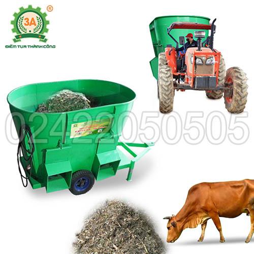 Máy trộn thức ăn cho bò đi động 3A (01)