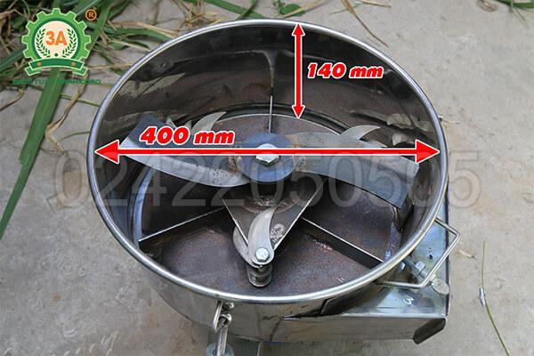 Máy thái chuối cho gà vịt 3A2,2Kw inox (10)